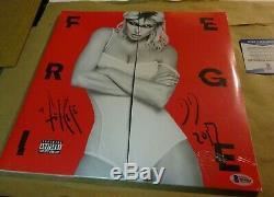 Autographed FERGIE Signed Double Dutchess RECORD ALBUM LP BECKETT COA