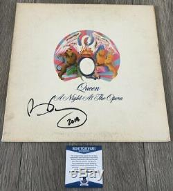 BRIAN MAY SIGNED QUEEN A NIGHT AT THE OPERA VINYL ALBUM wPROOF & BECKETT BAS COA
