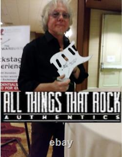 REM Signed Vinyl Michael Stipe Autograph Album w Mike Mills Peter Buck Everybody